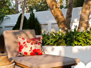 Tips to select the best outdoor cushions
