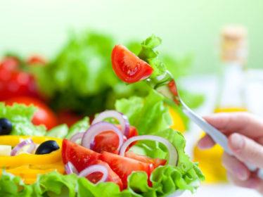 Top 10 foods that help manage rheumatoid arthritis